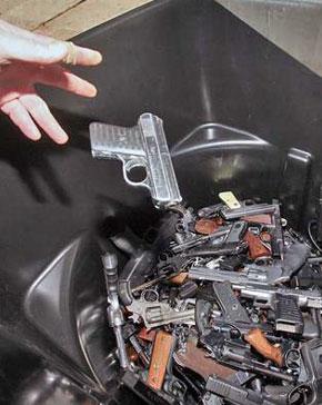 nassau_gun_buyback.jpg