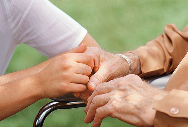 Home Health Aides Take On More Duties Under New Proposal