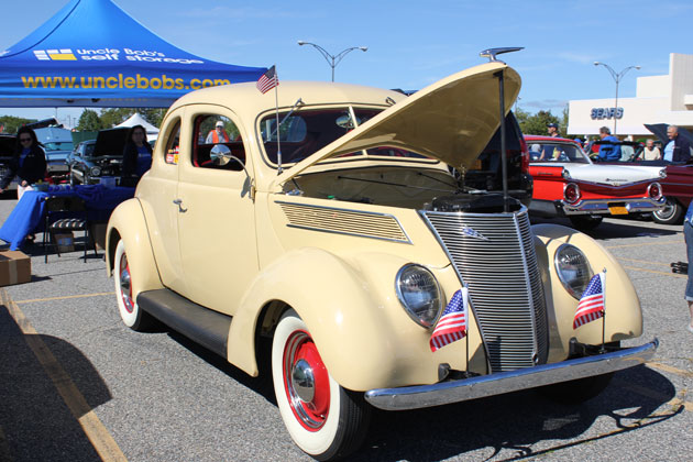 Sears Car: Cruizin' For A Cure Returns To Long Island With 10th