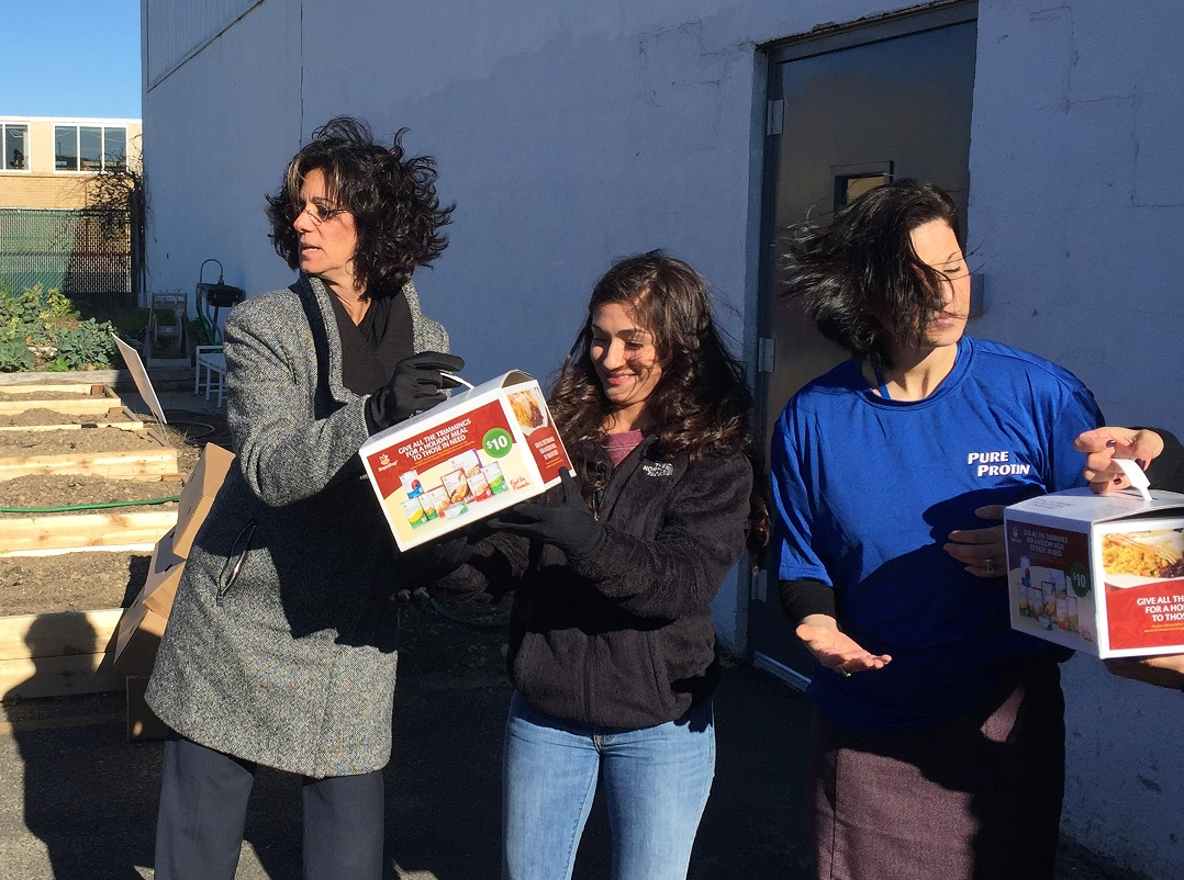 NBTY Donates 300 Turkeys To Island Harvest Food Bank Just In Time For Thanksgiving