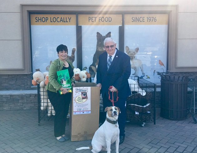 Senator Brooks Invites Residents to Participate in Pet Food Drive