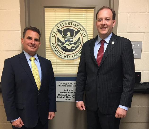Congressman Lee Zeldin Visits with Sheriff's Gang Intelligence Investigators