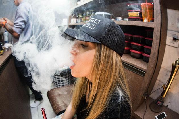 Crackdown on Public Vaping Begins in New York