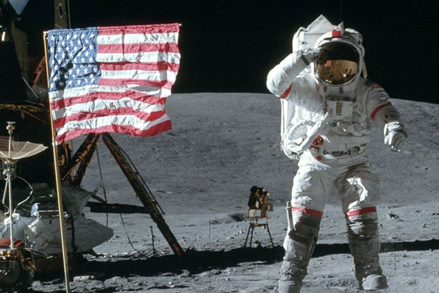 Astronaut Who Flew Twice to Moon, Dies at 87