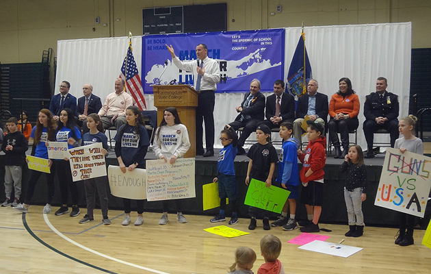 """March for Our Lives"" Gun Reform Rally at Farmingdale State College Draws Over 1,500"