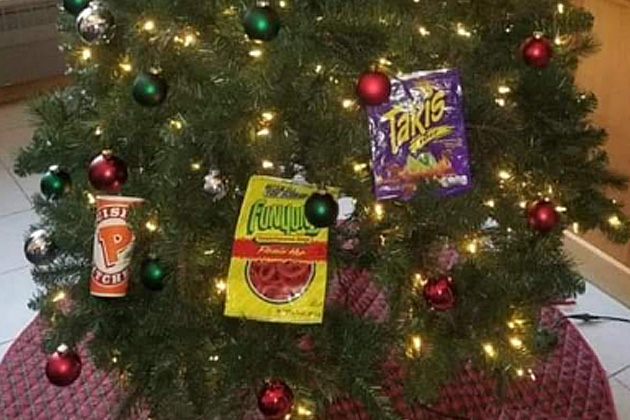 Racist Christmas Tree Makes Mockery and Stereotype of Black People, Say Minneapolis Community Leaders