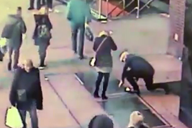 VIDEO: During Proposal Man Drops Engagement Ring Down Sidewalk Grate in Times Square; NYPD Responds